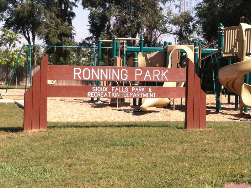 Ronning Park Sign