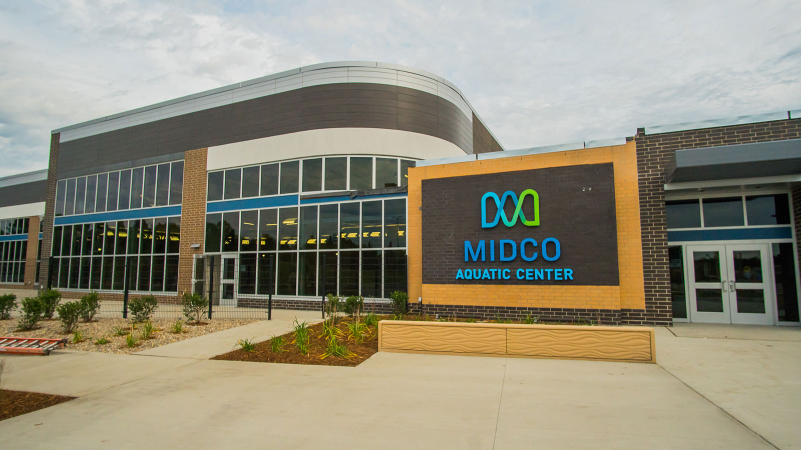 Midco® Aquatic Center