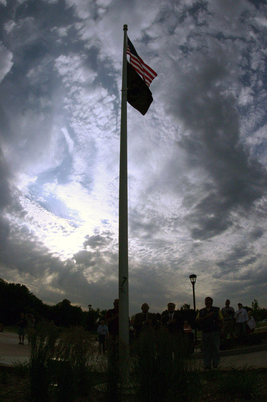 /upload/images/parks/veterans_memorial/american_pow_flag_4.jpg