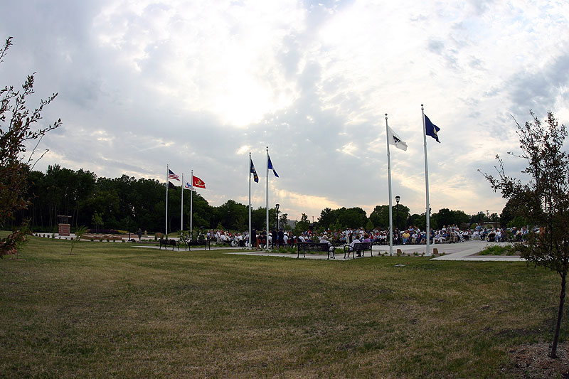 /upload/images/parks/veterans_memorial/wide_shot_2.jpg
